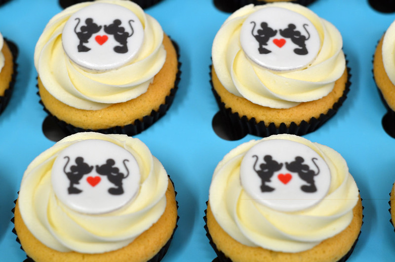 Mickey Mouse Theme Cupcakes - Pack of 6